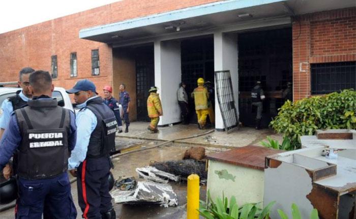 Los Runrunes de Bocaranda de hoy 05.04.2018: ALTO: Destruido en socialismo robolucionario
