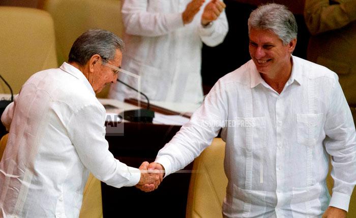 Díaz-Canel es formalmente propuesto para suceder a Castro