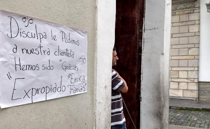 Madrugaron con expropiación a piñaterías y artesanos de la plaza El Venezolano
