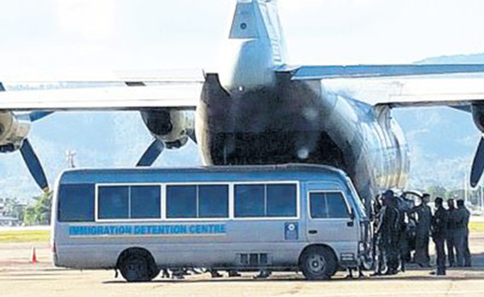 Deportan a más de 80 venezolanos en Trinidad y Tobago