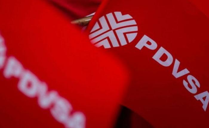 Psuv usa sede de Pdvsa para carnetizar a empleados
