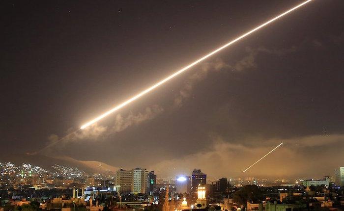 Venezuela no tiene postura oficial sobre ataque a Siria 12 horas después de los hechos