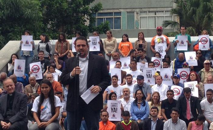 Frente Amplio convoca protesta para el próximo 27 de abril