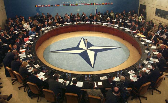 OTAN asegura que sale fortalecida tras abordar diferencias con Trump