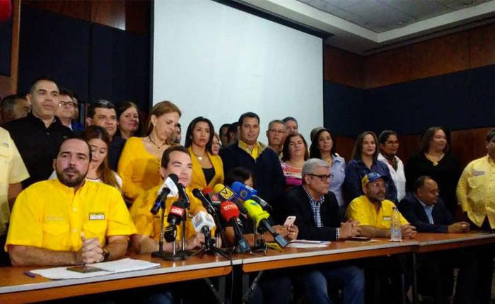 """Tomás Guanipa regresó a Venezuela """"para denunciar secuestro del poder"""" de Maduro"""