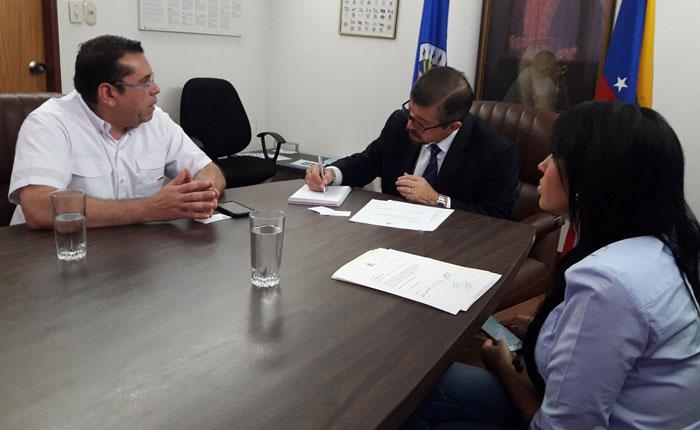 Entregaron ante la OEA documento para desconocer las elecciones