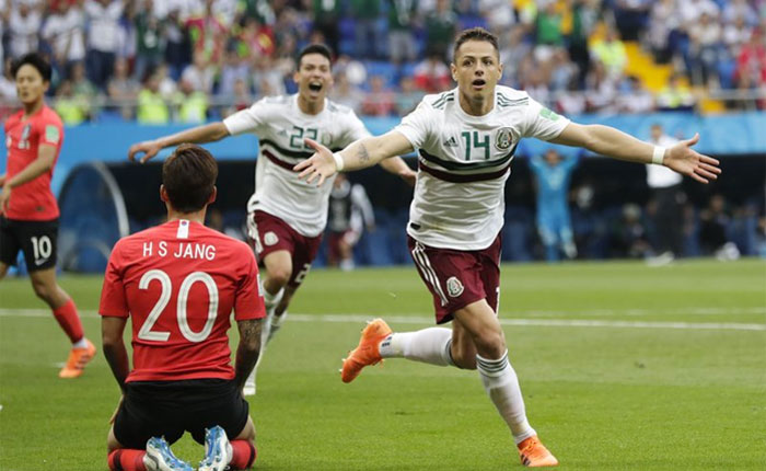 Vela y Chicharito le dan triunfo a México 2-1 sobre Corea