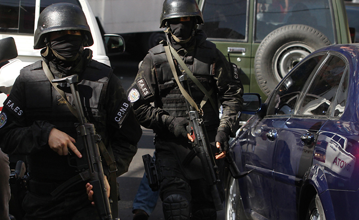 #MonitordeVíctimas | Familiares denuncian a las FAES por ejecuciones extrajudiciales en Mamera y El Valle