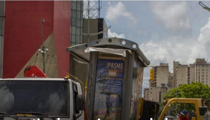 Gobierno retira los quioscos de las avenidas Universidad, Urdaneta, Baralt, Sucre y Francisco Solano