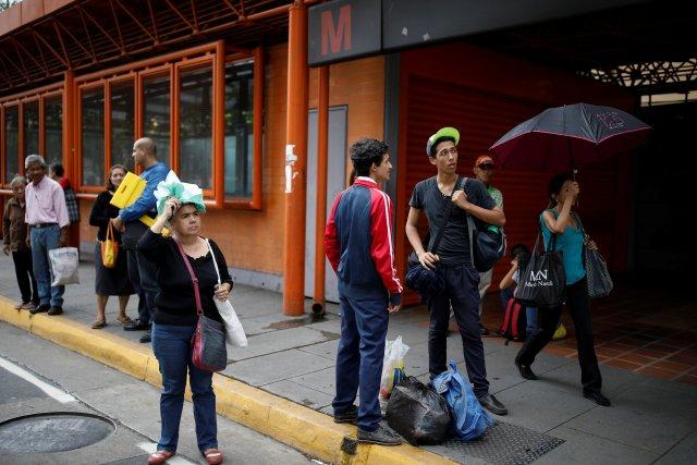 2018-07-31T153856Z_1865187835_RC1456069040_RTRMADP_3_VENEZUELA-POWER-CARACAS.jpg