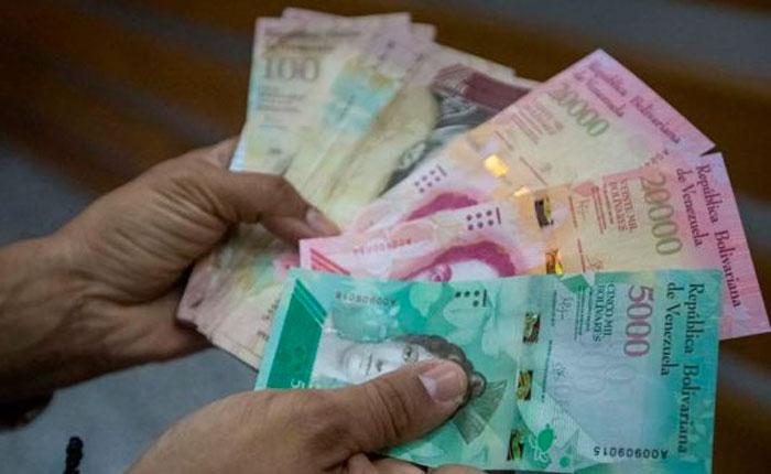 Transferencia, efectivo e hiperinflación, por Edward Rodríguez