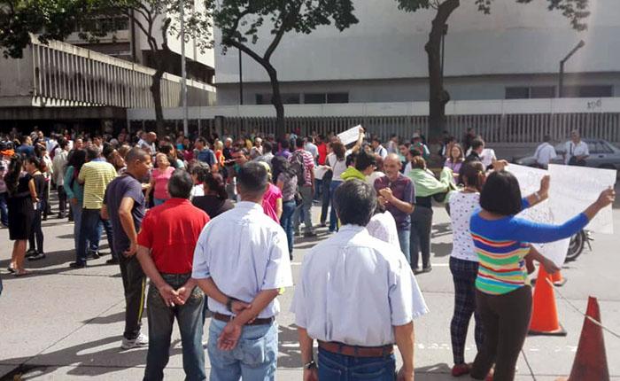 CANTV-trabajdores-protesta.jpg