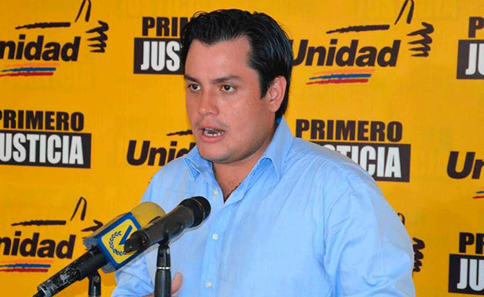 Carlos-Paparoni.png