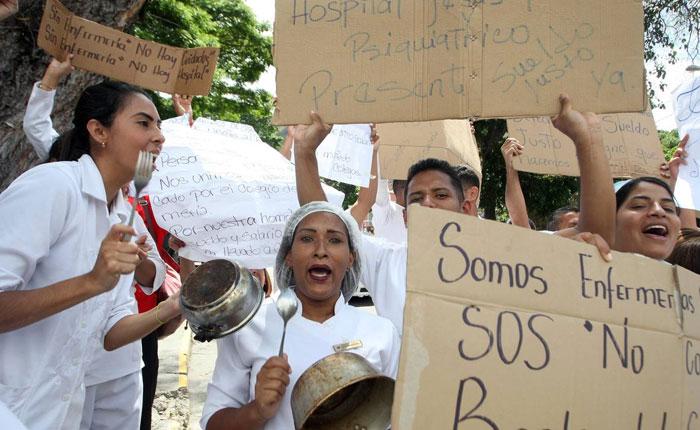 Enfermeras venezolanas: de guardia y en guardia