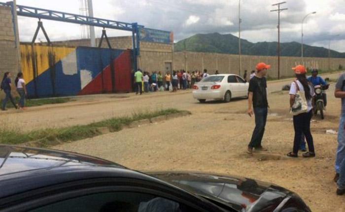 Polichacaos fueron trasladados a una nueva cárcel pese a boleta de excarcelación