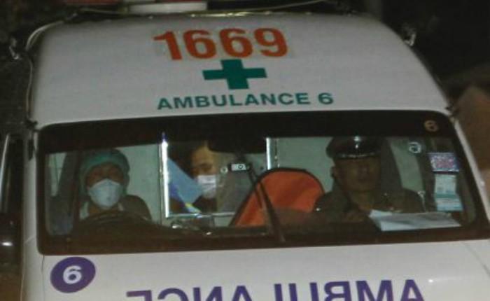 Inicia rescate de los 12 niños y su entrenador atrapados en una cueva en Tailandia