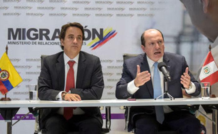 Autoridades-migratorias-Colombia-Peru_LRZIMA20180828_0018_11.jpg