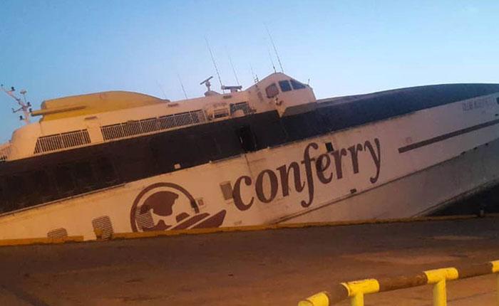 Buque de Conferry se hundió en el puerto de Guanta