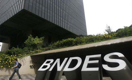 BNDES afirma que no debió dar préstamos a Venezuela y Cuba