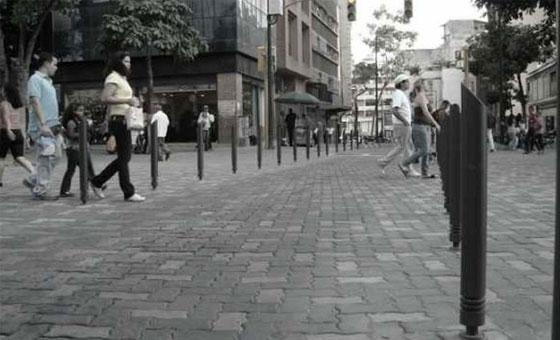VenezolanosCaminando-.jpg