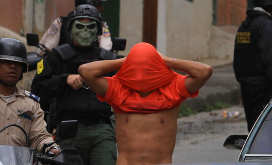 """Amnistía Internacional: Venezuela utiliza """"tácticas militares"""" para reprimir a la población"""