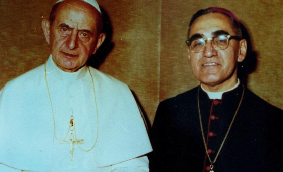 Pope_Paul_VI_and_Óscar_Romero.jpg