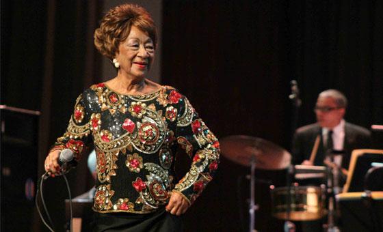 Canelita Medina se presentará por sus 65 años en el Aula Magna de la UCV