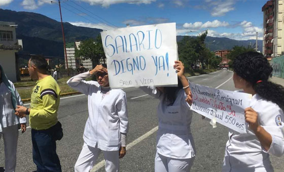Colegio de Enfermeros llama a paros escalonados en Caracas