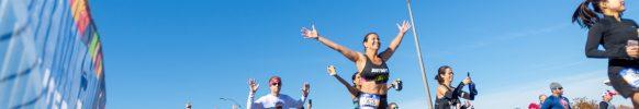 50 mil corredores de 140 países tomaron parte en la multitudinaria prueba. FOTO. Numa Roades.
