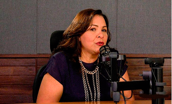 María-Carolina-Uzcátegui-presidenta-Consecomerio-e1512497060736.png