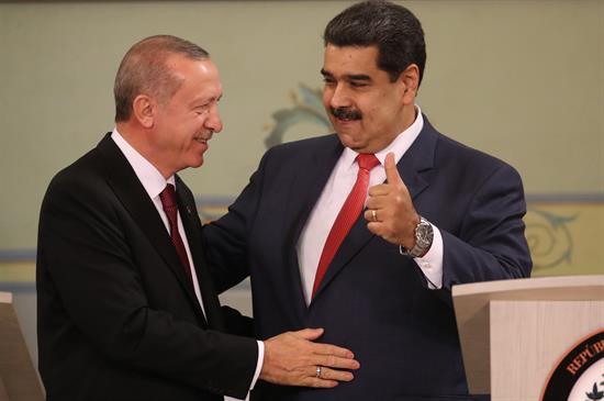 Recep-Tayyip-Erdogan-nicolas-maduro.jpg