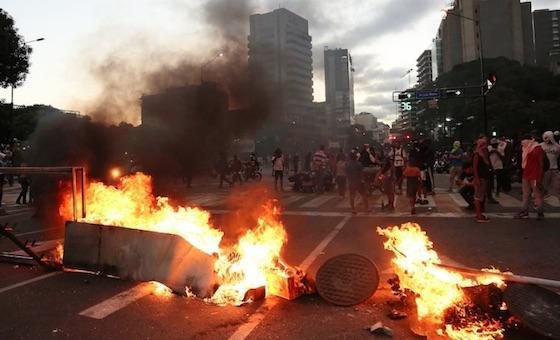 Protestas de 2019: Represión en manifestaciones nocturnas dejan más muertos en menos días