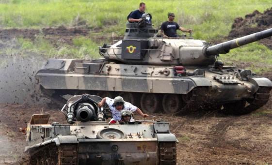 tanques-espana-venezuela.jpg