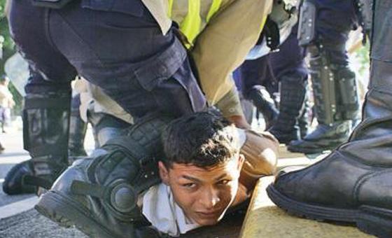HRW y Foro Penal: Fuerzas de seguridad han torturado a decenas de militares y civiles en Venezuela