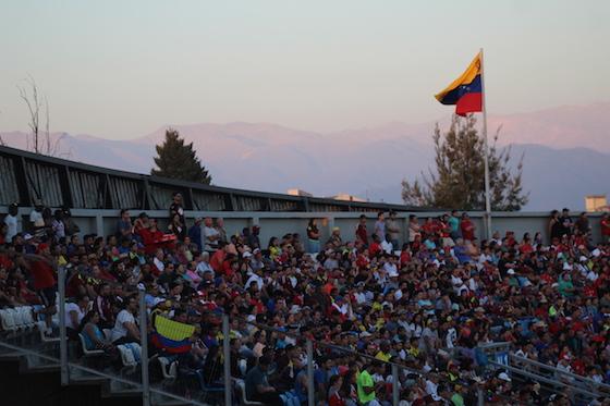 La hinchada venezolana en Chile