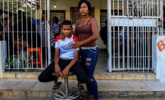 """Víctima de la represión de Maduro: """"Me golpeaban en la planta de los pies para no dejar marcas"""""""
