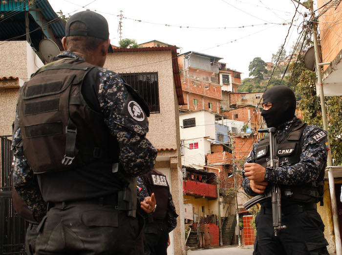Barrio-Kennedy-Caricuao-FAES-18.jpg