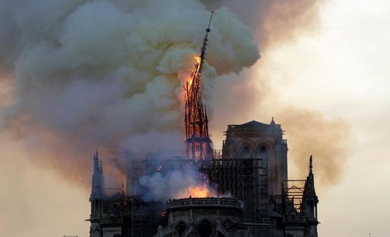 Por Notre-Dame, regazo del alma, por Diego Arroyo Gil