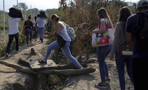 Acnur pide a países flexibilidad en requisitos migratorios para venezolanos