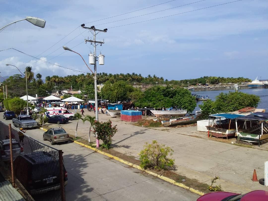 Sobreviviente de naufragio cerca de Trinidad y Tobago fue detenido por presunta trata de personas