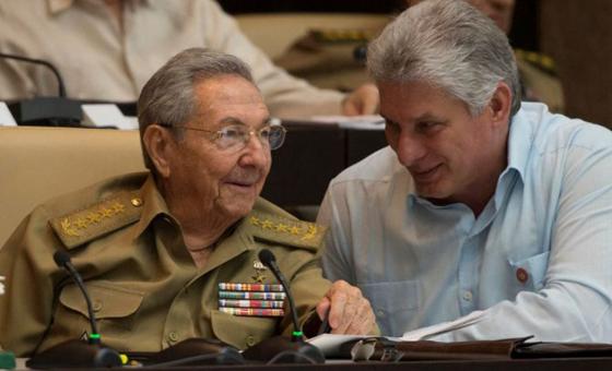ABC: Raúl Castro y Díaz-Canel, denunciados ante La Haya y las Naciones Unidas por esclavitud