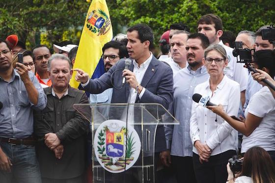 Guaidó cambió su agenda, por Carlos Blanco
