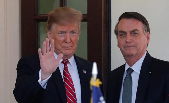 """Bolsonaro y Trump conversaron sobre """"cortar todo apoyo financiero"""" a Maduro"""