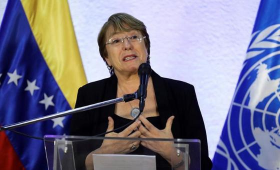 Bachelet, de lado y lado