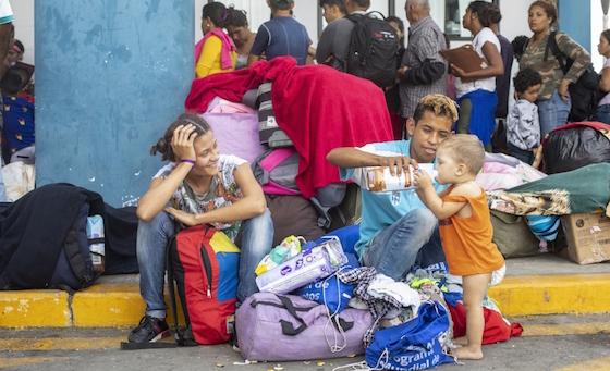 """ACNUR reforzó equipo en frontera peruana ante ingreso """"nunca antes visto"""" de venezolanos"""