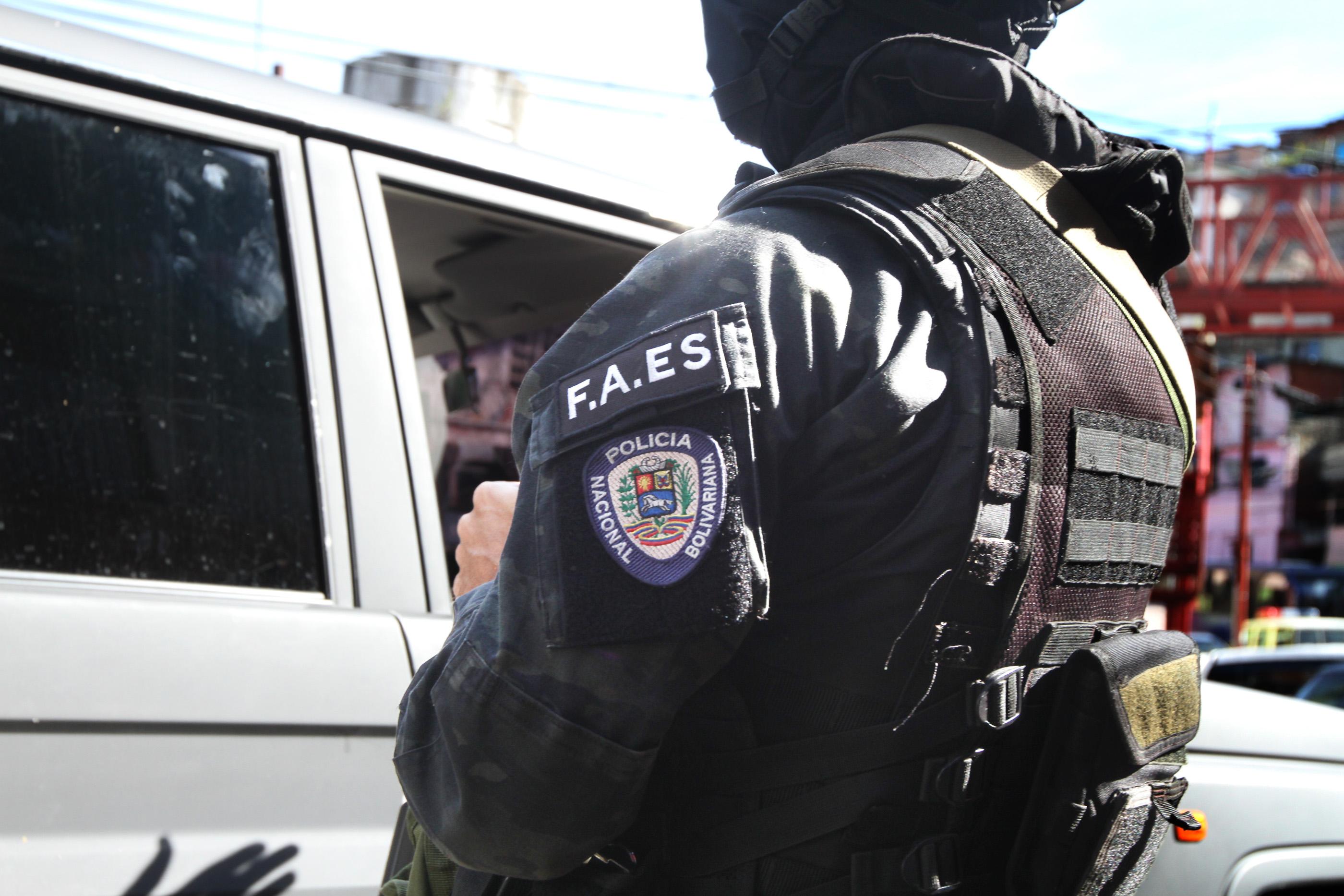 #MonitorDeVíctimas | Señalan que FAES mató a comerciante en su casa del barrio San Blas de Petare