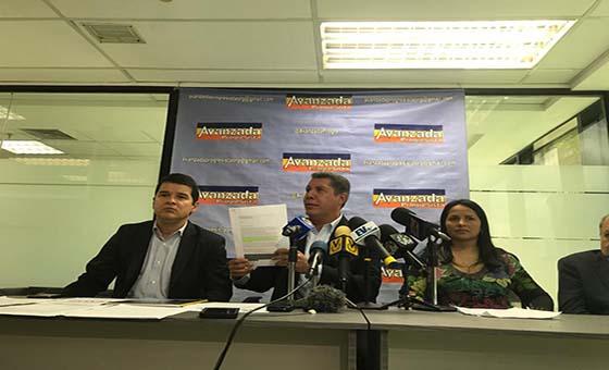 Henri Falcón admite haber contratado un lobby en Estados Unidos pero no con fines electorales sino humanitarios