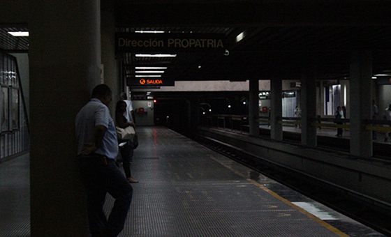 METROOSCURO.png