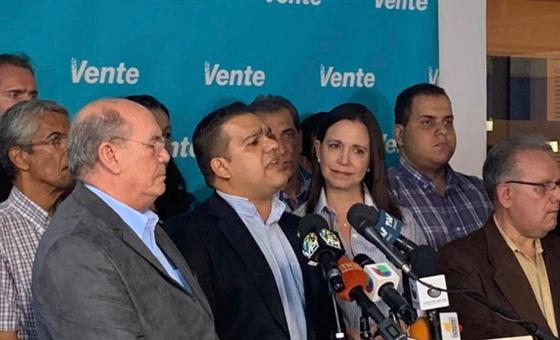 Diputado Carlos Bastardo: Juan Pablo García sigue en el país dando la cara