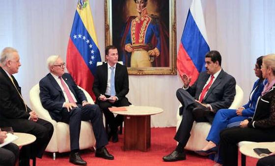 Serguéi-Riabkov-Maduro.png